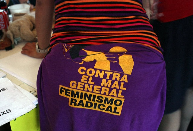 Camiseta feminista vista en #acampadasol./ Brocco Lee