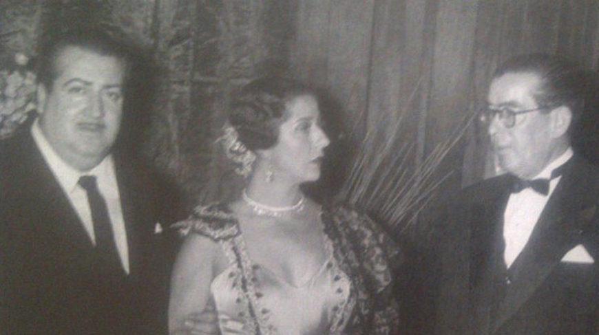 De izquierda a derecha: Rafael de León, Concha Piquer y Quiroga