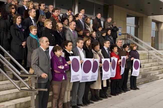 Concentración del Gobierno vasco el 25 de noviembre de 2012./ Irekia