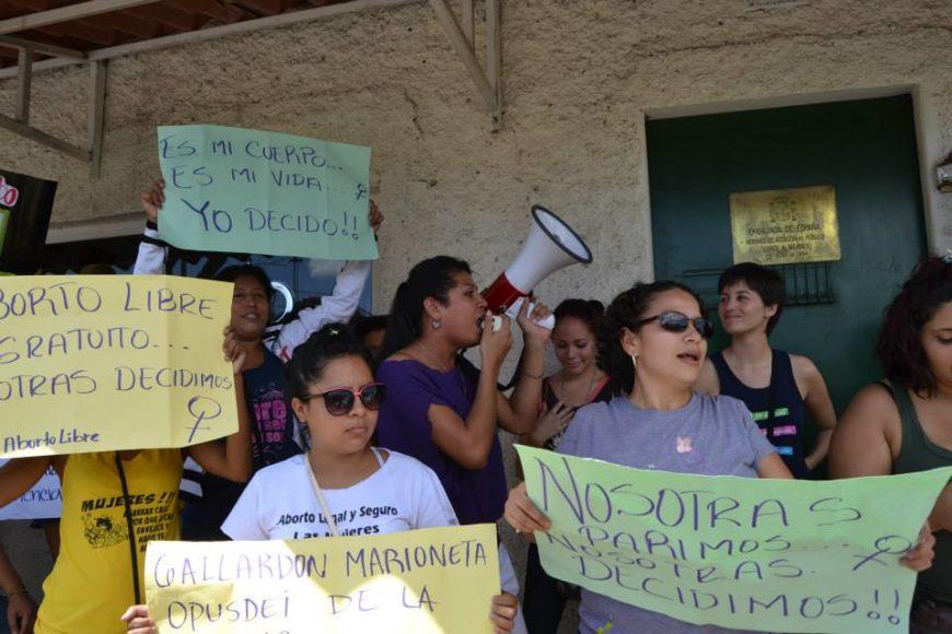 Plantón contra la Ley Gallardón en Managua