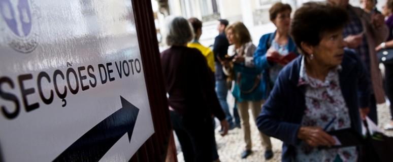 02/ Los colegios electorales de Portugal han acogido tres referéndums, dos de ellos sobre la despenalización del aborto. / J. Marcos