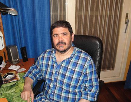 """Rafael Vásquez: """"Puede que tanta reivindicación de la masculinidad del movimiento de osos tenga algo de plumafobia"""""""