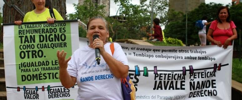 Foto de protestas de empleadas domésticas paraguayas, cedida por los tres sindicatos que las representan.