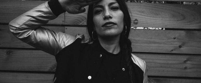 Ana Tijoux, fotografiada por Claudio Poc