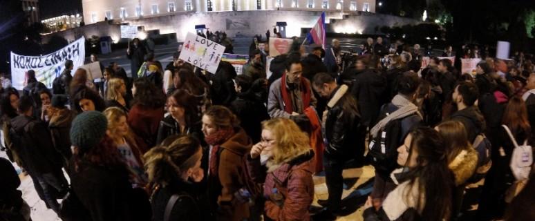 Concentración en Syntagma en el momento de la aprobación de la ley./ H.A.A,