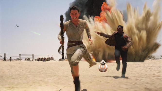 Rey no necesita que Finn la coja de la mano para correr