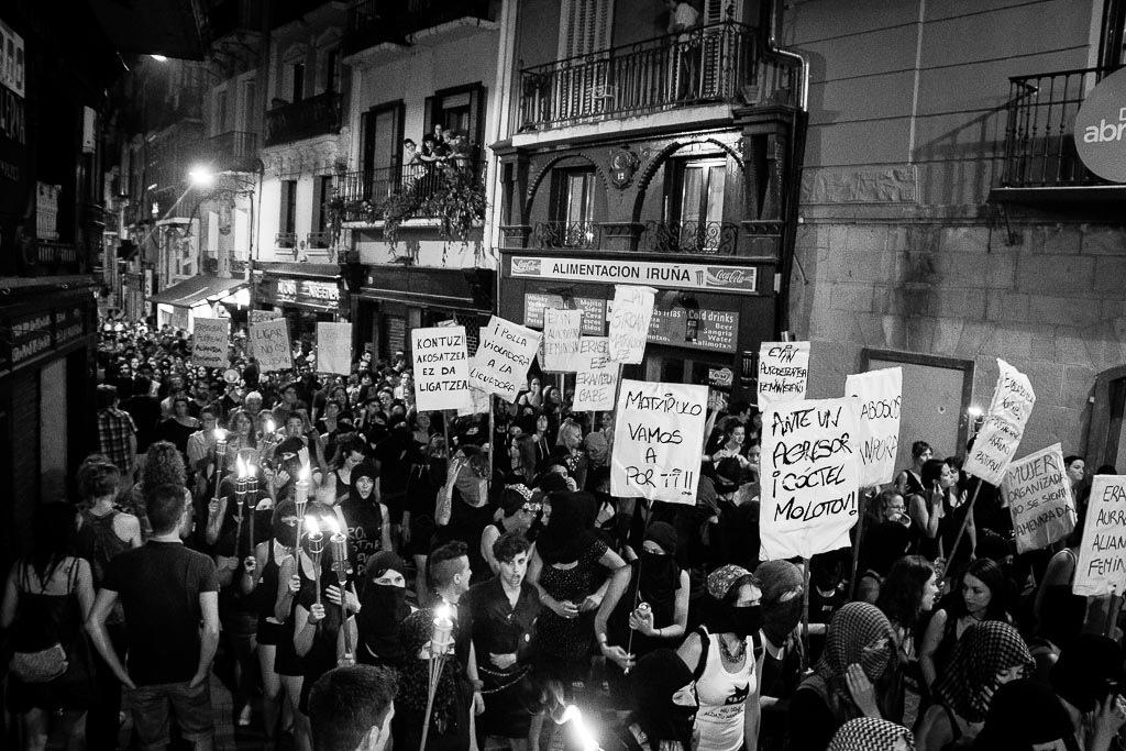 Manifestación 'El miedo va a cambiar de bando' en Iruñea