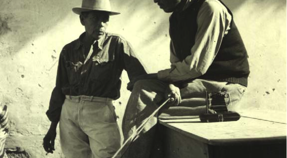 Amelio Robles y Esteban Estrada, ca. 1942. (Foto de Gertrude Duby, Museo Na Bolom.).