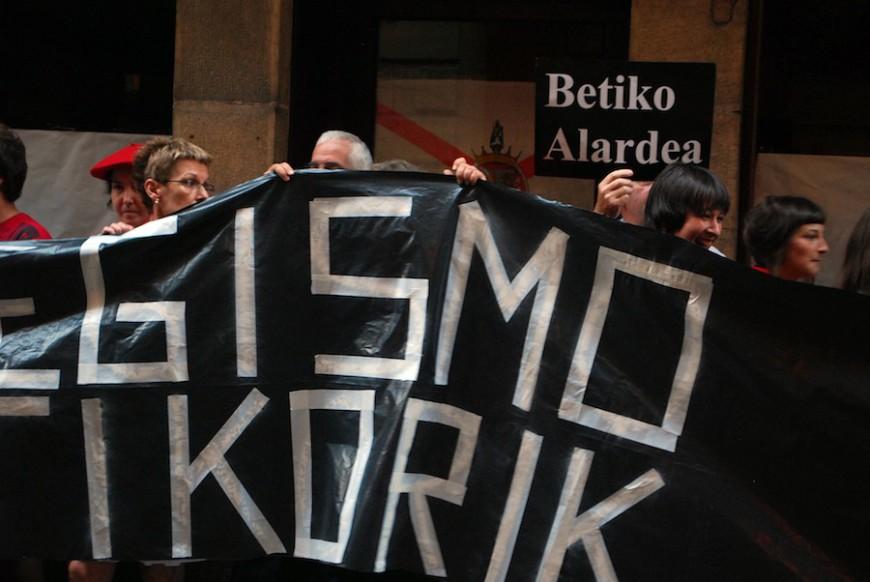 El alarde tradicional se opone al mixto apelando al rigor histórico./ Euskal Herria Bildu
