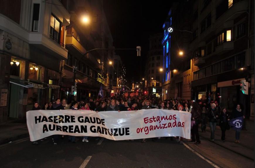 Miles de personas marcharon en Bilbao el 25N. /Foto: Andrea Bosch