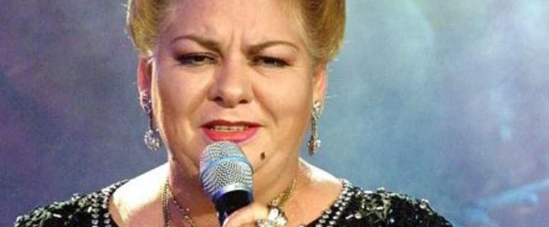 Paquita la del Barrio en una de sus actuaciones./ Fuente: Starmedia.com