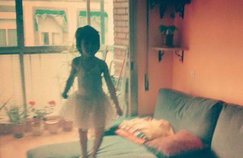 Un niño en tutú