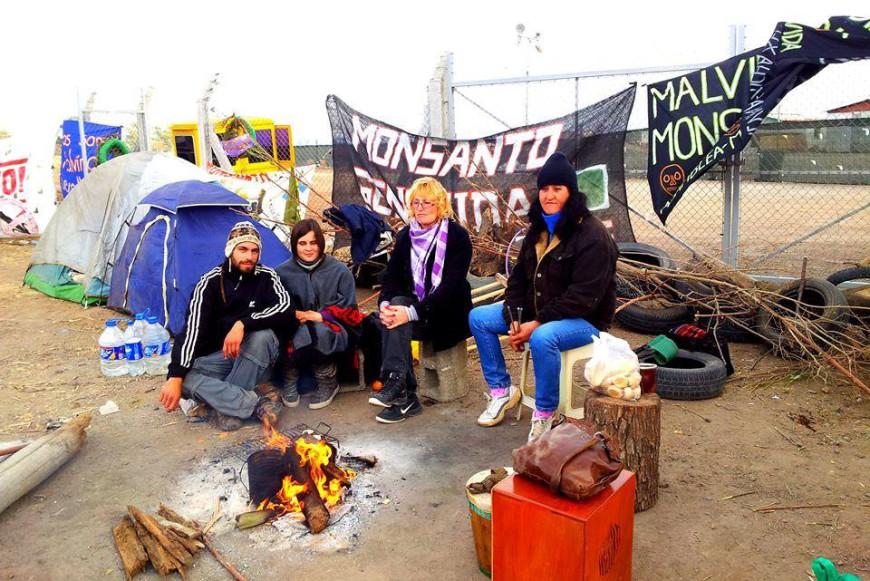 Sofía en la acampada con otras compañeras: / Foto de redes sociales