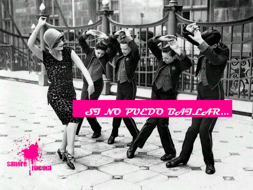 Sangre fucsia - mujeres bailando