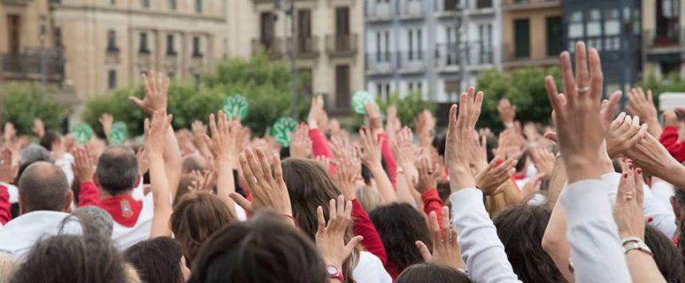 Concentración contra las agresiones machistas en San Fermín. / Foto: Facebook Pamplona en Igualdad
