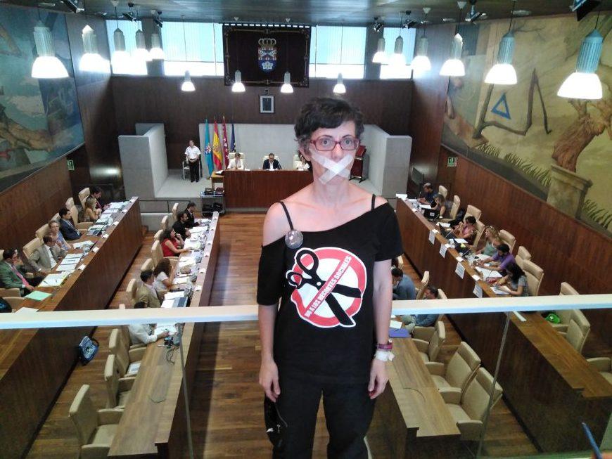 Carmen Carbajal, durante un pleno del Ayuntamiento de Leganés.