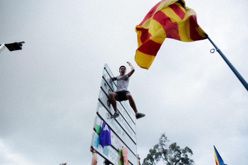 28 de septiembre. La Universidad de Barcelona es ocupada por los estudiantes que se manifestaban de forma pacífica en pro del referéndum.