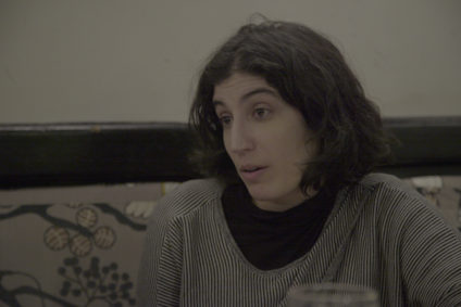 Nerea Barjola durante la entrevista con Andrea Momoitio.- Fotógrafa: Irene Ortiz Lloréns