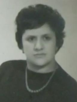 Tina Pérez.
