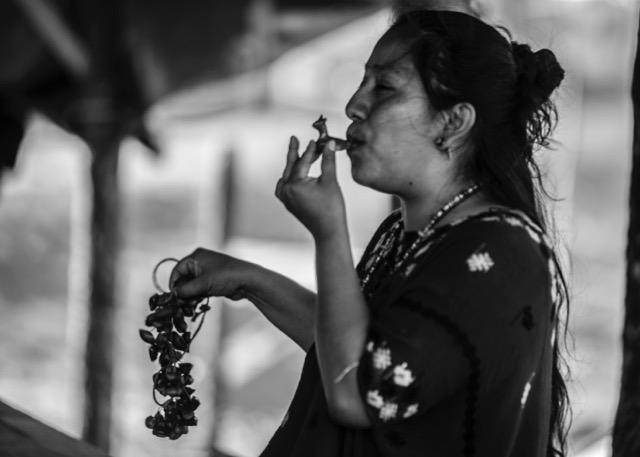 Rosa Chávez acompaña a mujeres defensoras criminalizadas con una metodología que incorpora la espiritualidad y el arte./ Alejandra Hidalgo