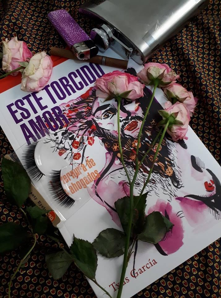 'Este torcido amor', con elementos de las performance de Txus García./ Foto cedida por Txus García