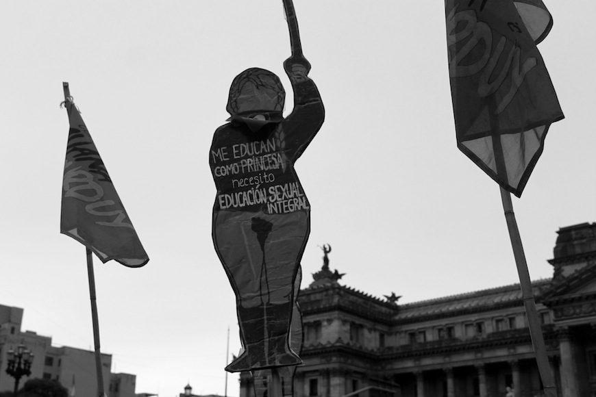 Una Ola Verde Por El Derecho Al Aborto En Argentina