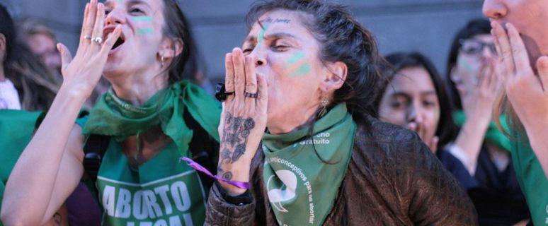 Manifestantes por la despenalización del aborto./ MONK Fotografia