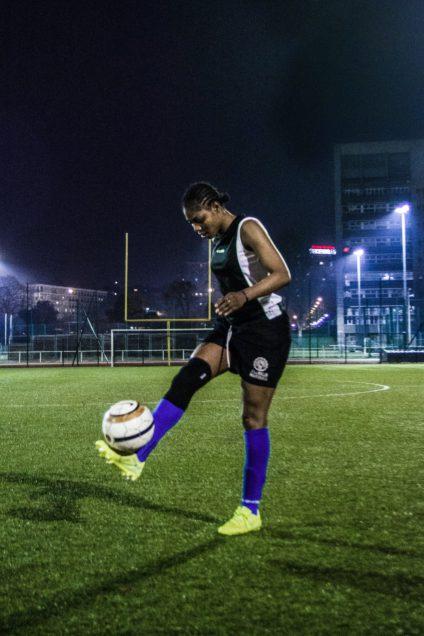 Osarenkhoe, también llamada Arsenal por su fuerza y talento, es una las diez refugiadas que forman parte del equipo.
