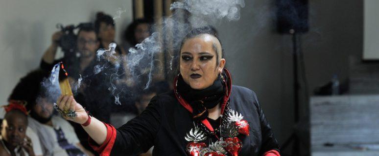 María Galindo en el Parlamento de los cuerpos, en Atenas./ Foto cedida por la entrevistada