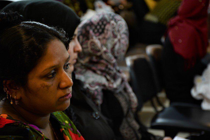 Mujeres esperan su turno en la clínica de MSF en Shatila