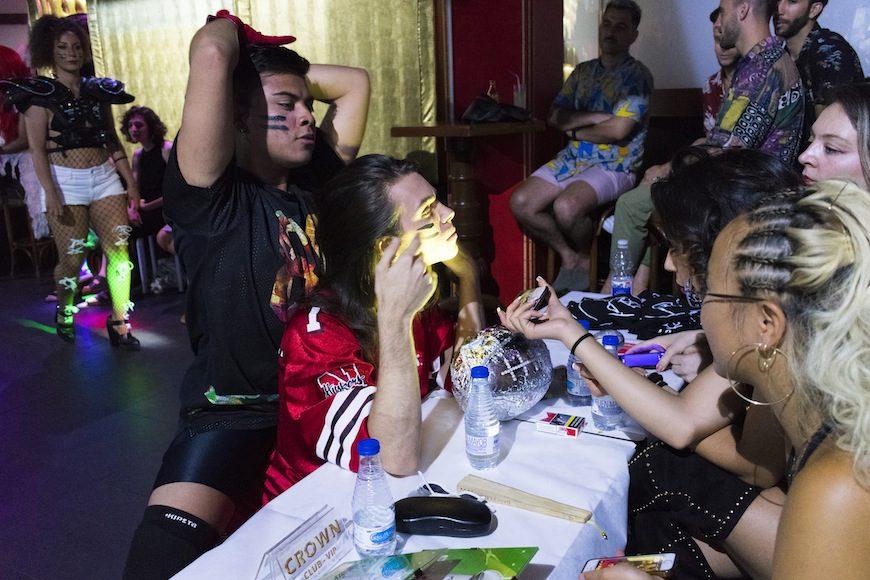 En la categoría Face, las concursantes muestran sus mejores facciones a las juezas para llevarse el premio a la cara más seductora.
