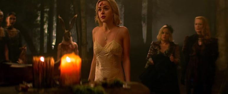 Kiernan Shipka interpreta a una Sabrina rebelde