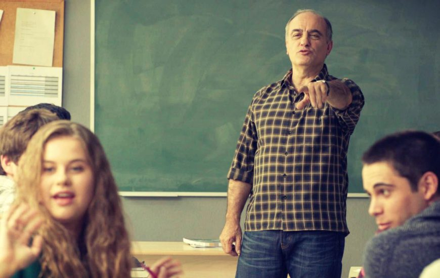 Francesc Orella interpreta al profesor de filosofía Merlí Bergeron