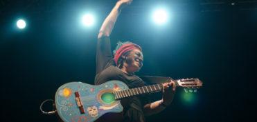Amparo Sánchez en plena actuación. / Foto: Marina D'Ecclesis (cedida por la entrevistada)