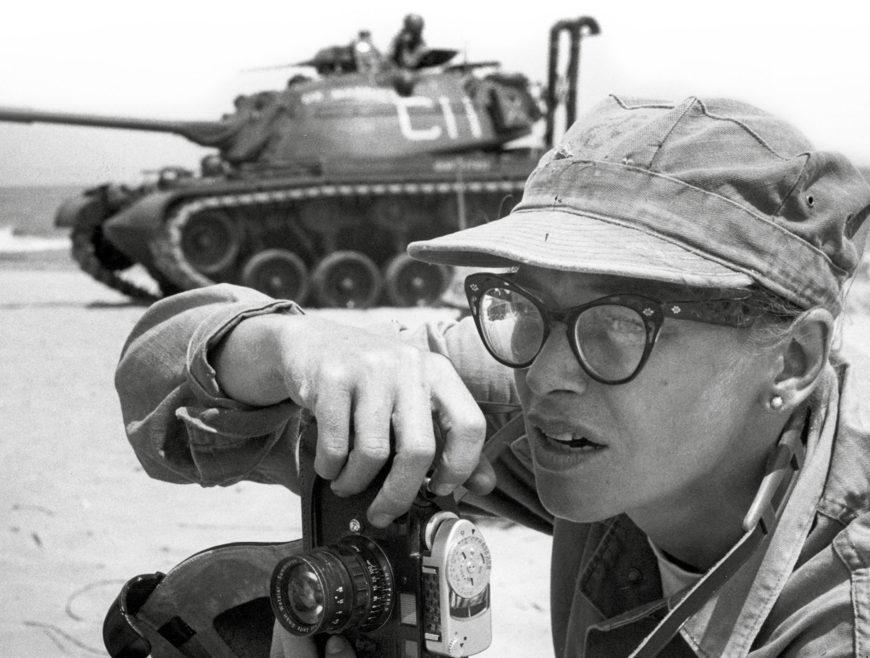 Portada del libro 'Reporteras españolas, testigos de la guerra'.
