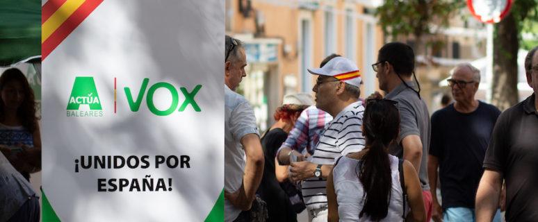 Mesa informativa de VOX en Palma de Mallorca el pasado julio