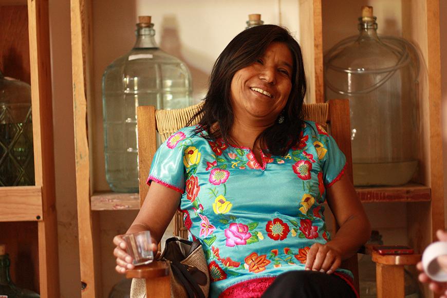 Sósima Olivera Aguilar en su bodega de Oaxaca.- Fotógrafa: Zuriñe Burgoa