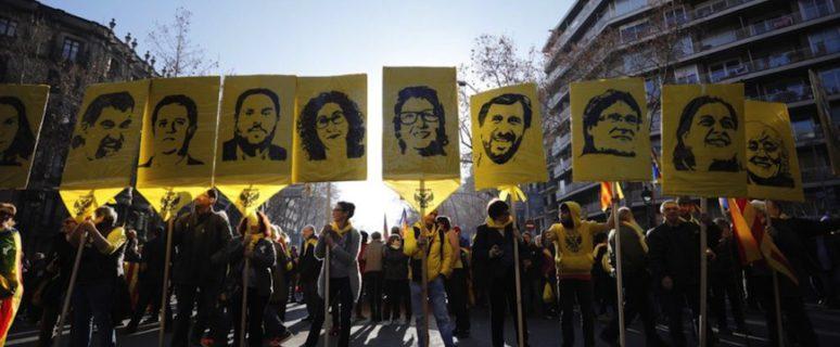 Manifestación contra el juicio a los y las líderes independentistas en Barcelona el pasado 16 de febrero./ Victor Serri para La Directa