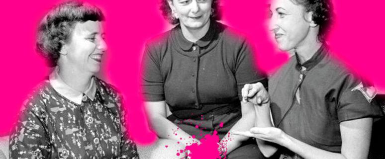 Sangre Fucsia - Mujeres hablando en lengua de signos