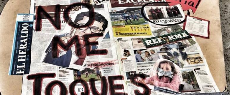 Un collage de periodicos con una frase grande encima puesta en pintura negra que dice no me toques