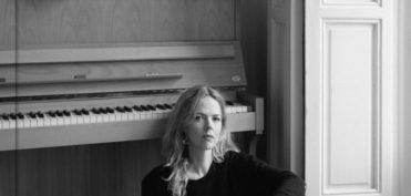 Christina Rosenvinge en una imagen promocional del libro.